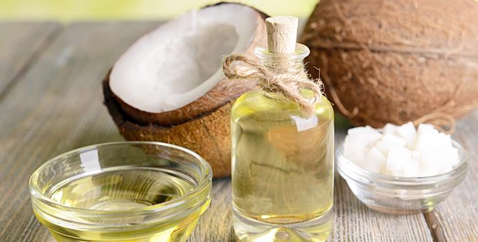 huile de noix de coco peau